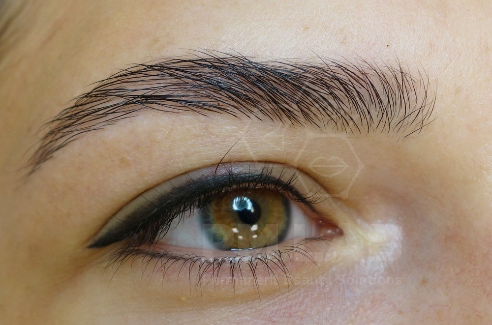 Permanent make up for lower eyelids